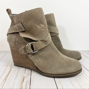 Lucky Brand Yisobel Taupe Suede Ankle Bootie 8